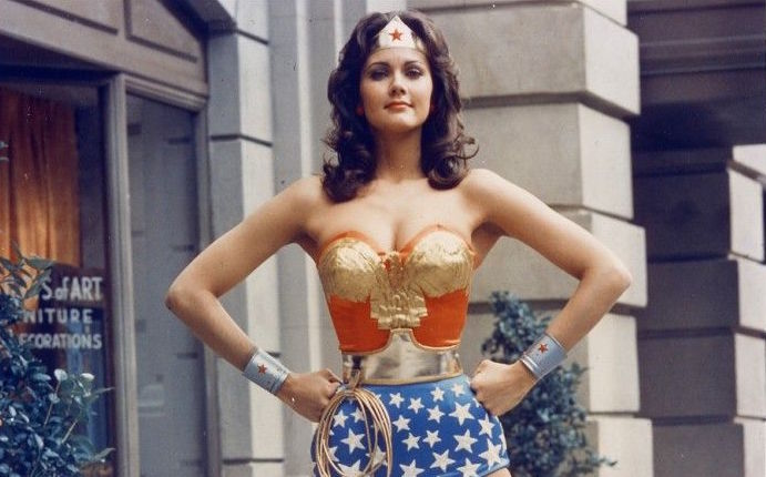 wonder woman post confidence boosting power pose job interview