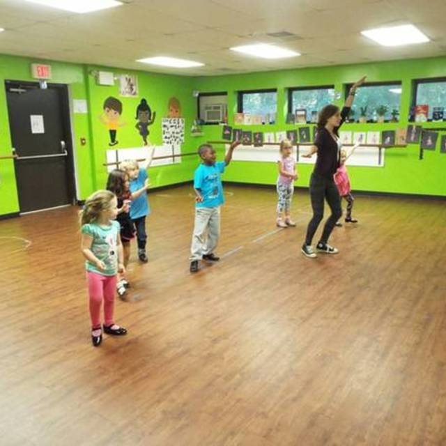 Stages Academy, Fairless Hills, PA - Localwise business profile picture