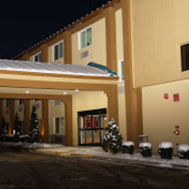 Best Western Woodstock Inn, Woodstock, IL - Localwise business profile picture