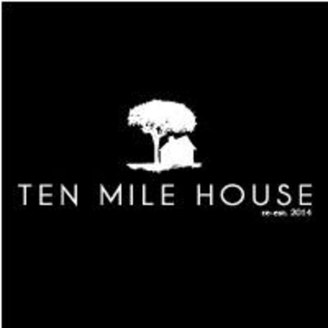 Ten Mile House, Evanston, IL logo