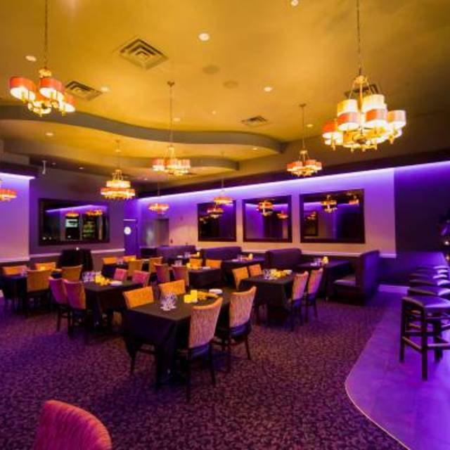 Pavilion Restaurant-Northbrook, Northbrook, IL - Localwise business profile picture