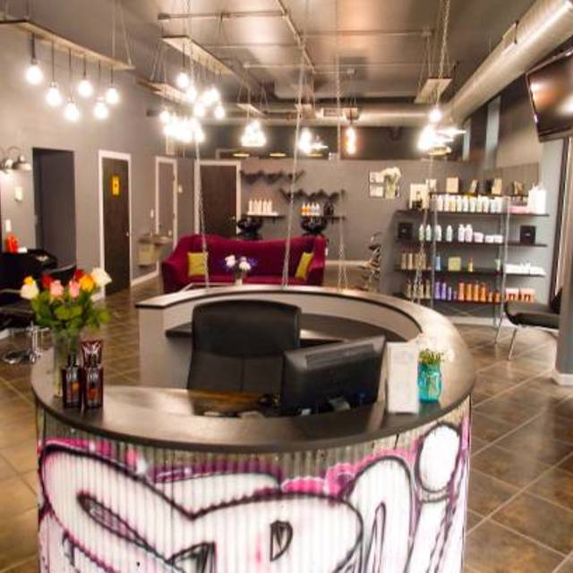 Spoil Me Hair Salon, Chicago, IL logo