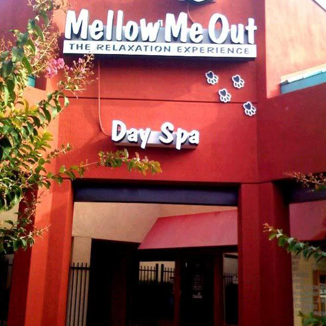 Mellow Me Out Spa, Sacramento, CA logo