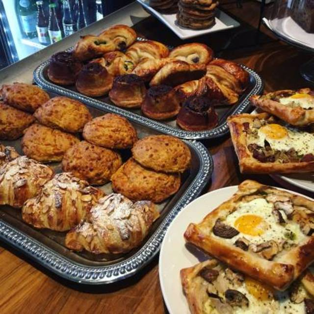 L'acajou Bakery and Cafe, San Francisco, CA - Localwise business profile picture