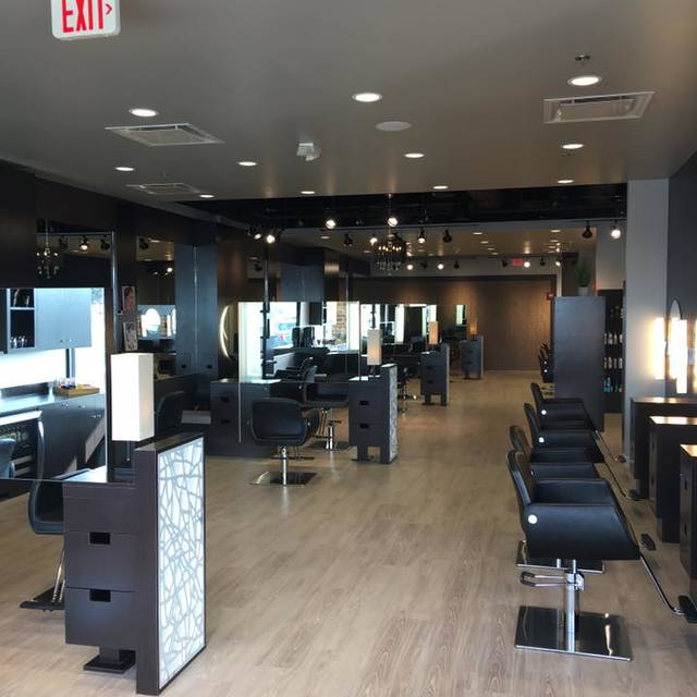 Frank Gironda Salon & Spa, Wheaton, IL - Localwise business profile picture