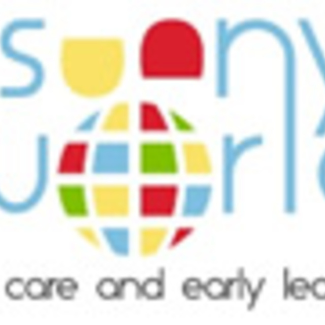 Sunny World Preschool, Bellevue, WA logo