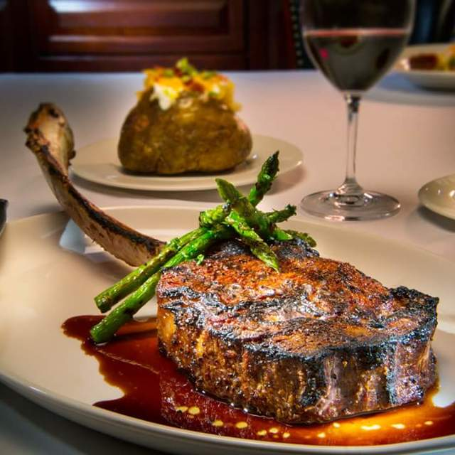 Rare Steakhouse, Milwaukee, WI - Localwise business profile picture