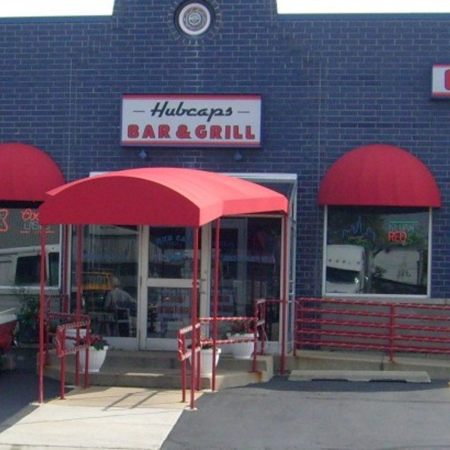 Hubcaps Bar & Grill, Schiller Park, IL - Localwise business profile picture