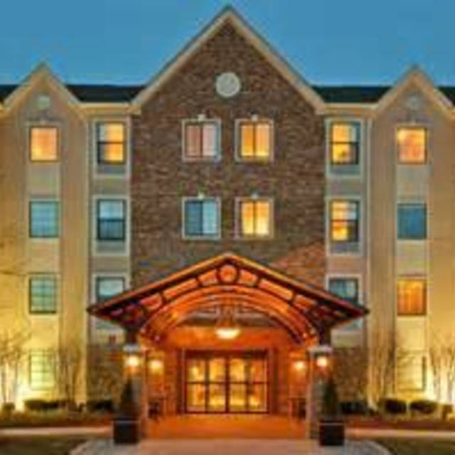 Staybridge Suites Glenview, Glenview, IL - Localwise business profile picture