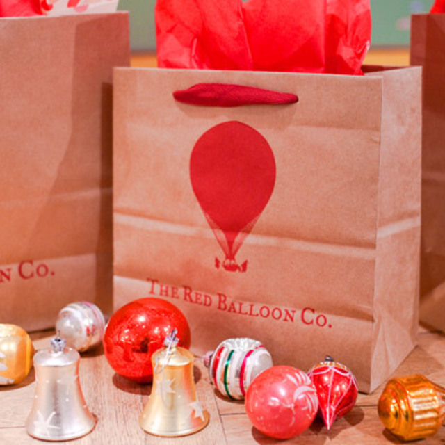 The Red Balloon Co., Chicago, IL - Localwise business profile picture