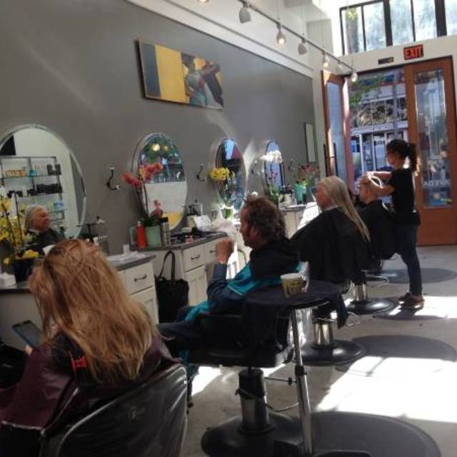 Maxi Hair Salon, Berkeley, CA - Localwise business profile picture