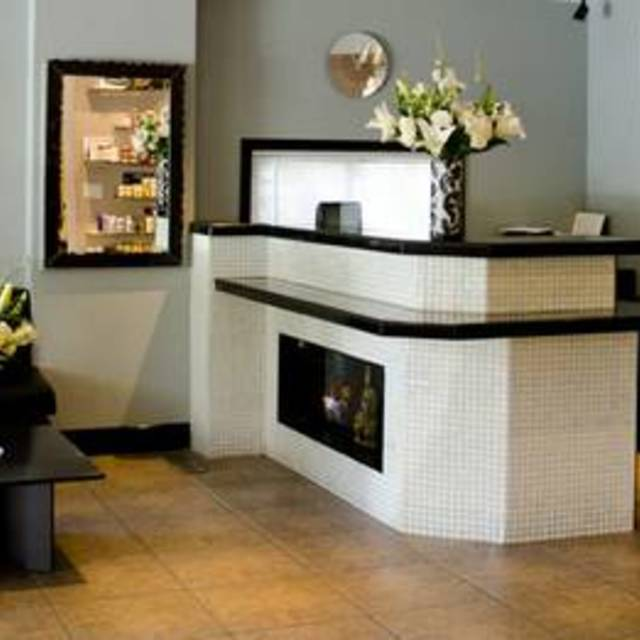 Krush Salon, Los Gatos, CA - Localwise business profile picture