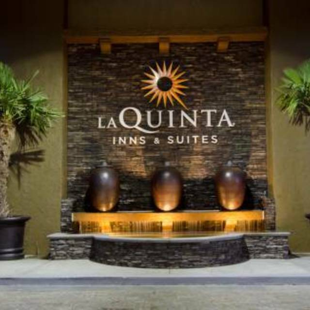 La Quinta Inn & Suites San Jose Airport, San Jose, CA - Localwise business profile picture
