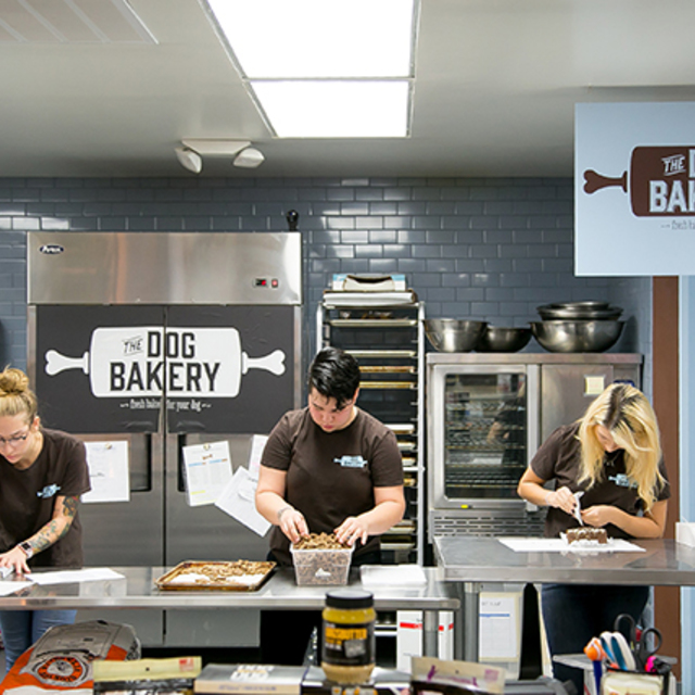 The Dog Bakery, Los Angeles, CA logo
